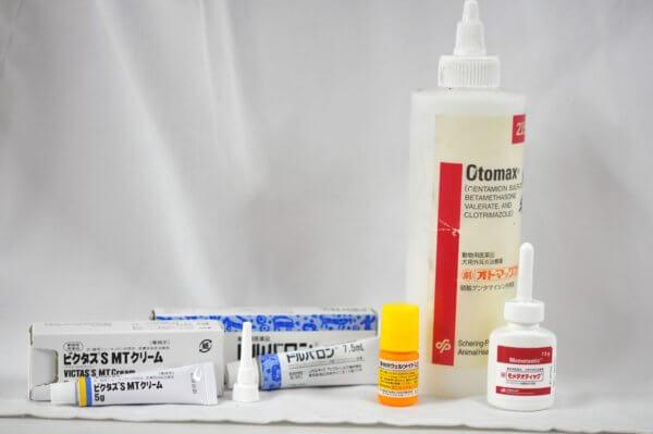動物病院で用いられるステロイド配合点耳薬の一部